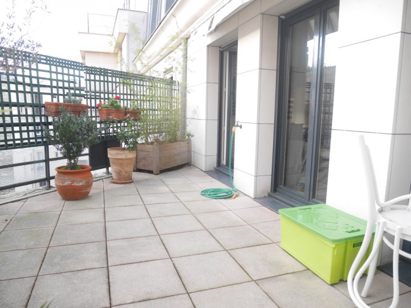 Deluxe sale apartment Levallois-perret 1 390 000€ - Picture 2