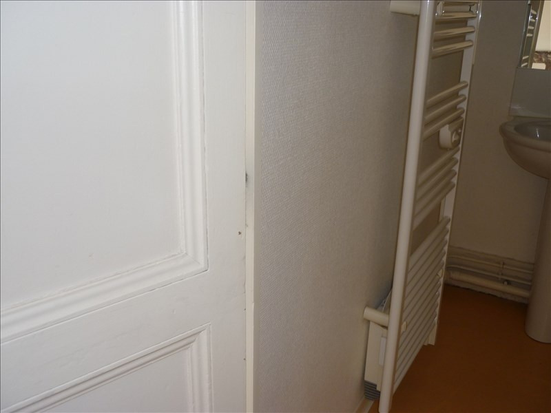 Location appartement Rochefort 405€ CC - Photo 7