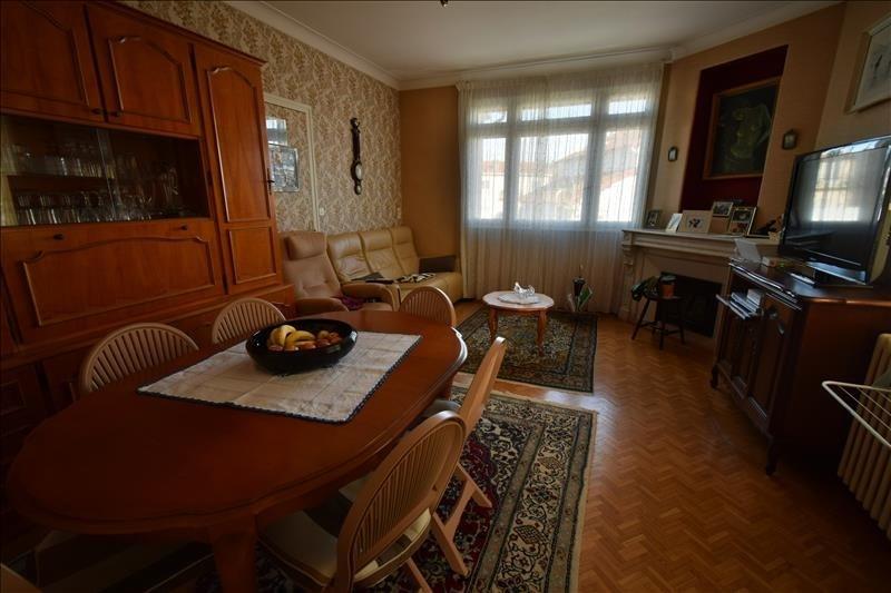 Sale house / villa Gelos 212000€ - Picture 2