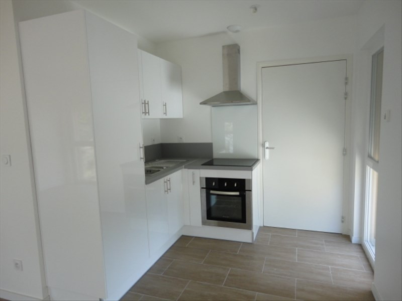 Rental apartment Orsay 1003€ CC - Picture 3
