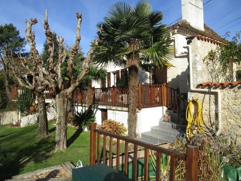 Sale house / villa Sourzac 180000€ - Picture 1