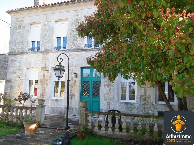 Sale house / villa Matha 185000€ - Picture 1