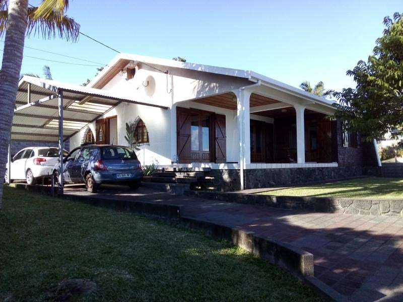 Rental house / villa Petite ile 1270€ CC - Picture 6