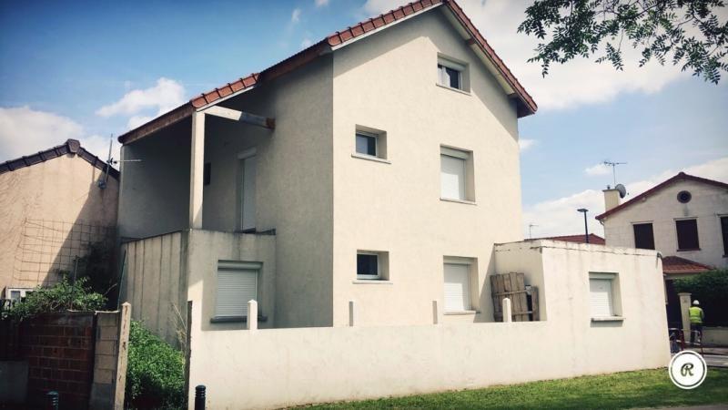 Sale house / villa Gennevilliers 364000€ - Picture 1