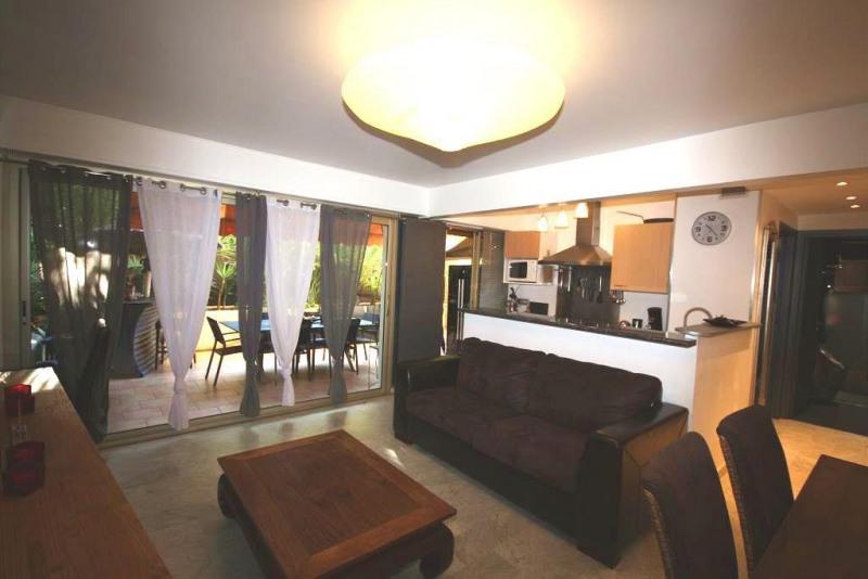 Sale apartment Juan les pins 425000€ - Picture 3