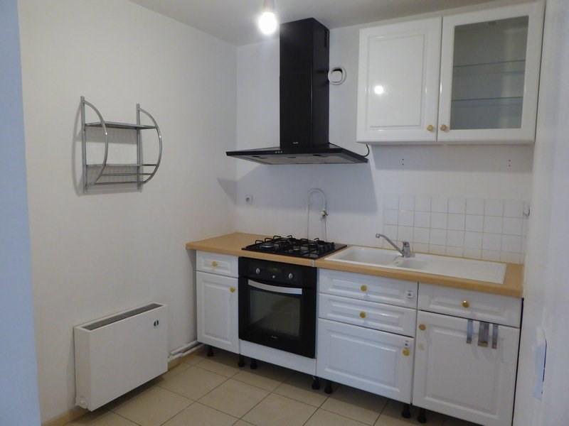 Location appartement Elancourt 659€ CC - Photo 2
