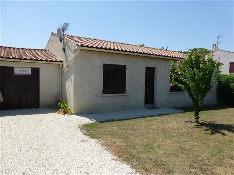 Sale house / villa Saint-jean-d'angély 147700€ - Picture 1