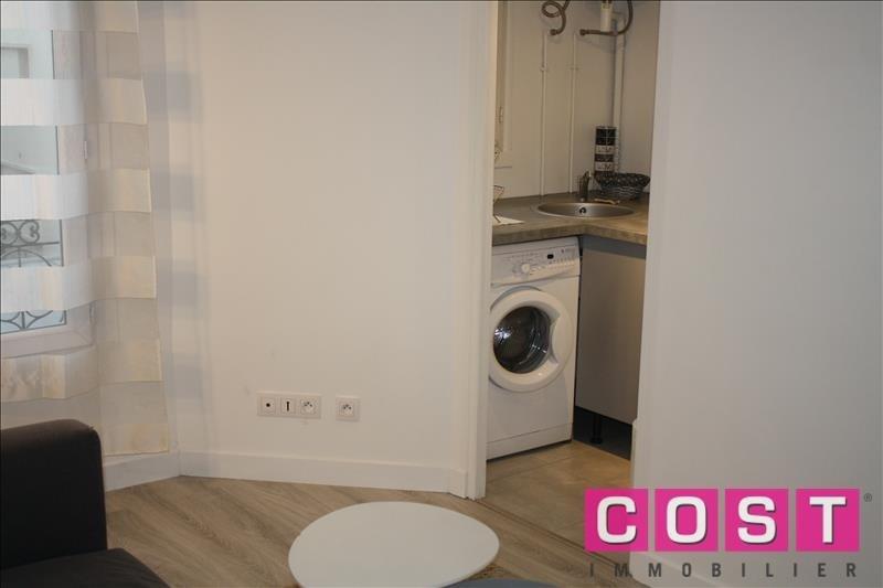 Location appartement Asnieres sur seine 840€ CC - Photo 2