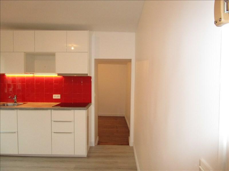Location appartement Versailles 850€ CC - Photo 7