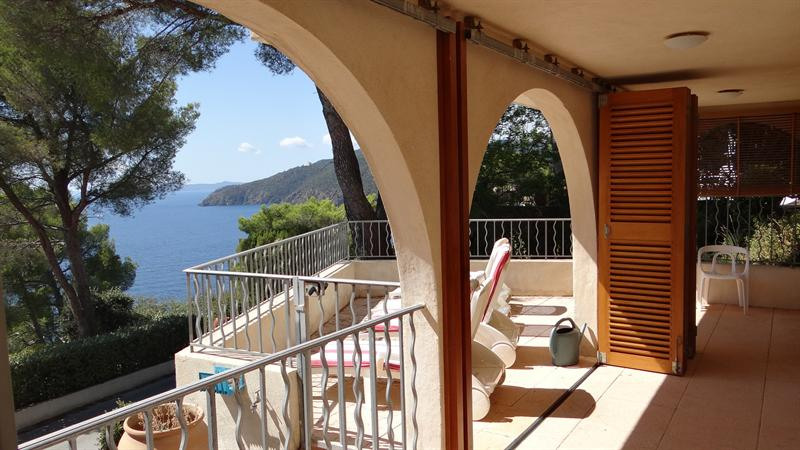 Vacation rental house / villa Cavalaire sur mer 1 500€ - Picture 32