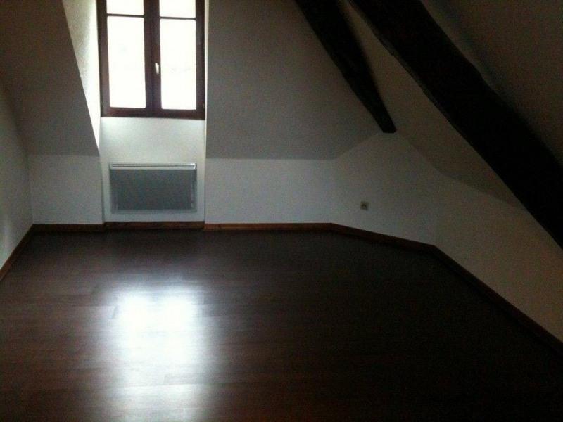 Location appartement Saint-laurent-du-pont 399€ CC - Photo 5