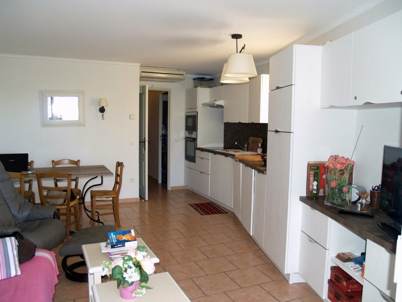 Sale apartment Les issambres 285 000€ - Picture 3
