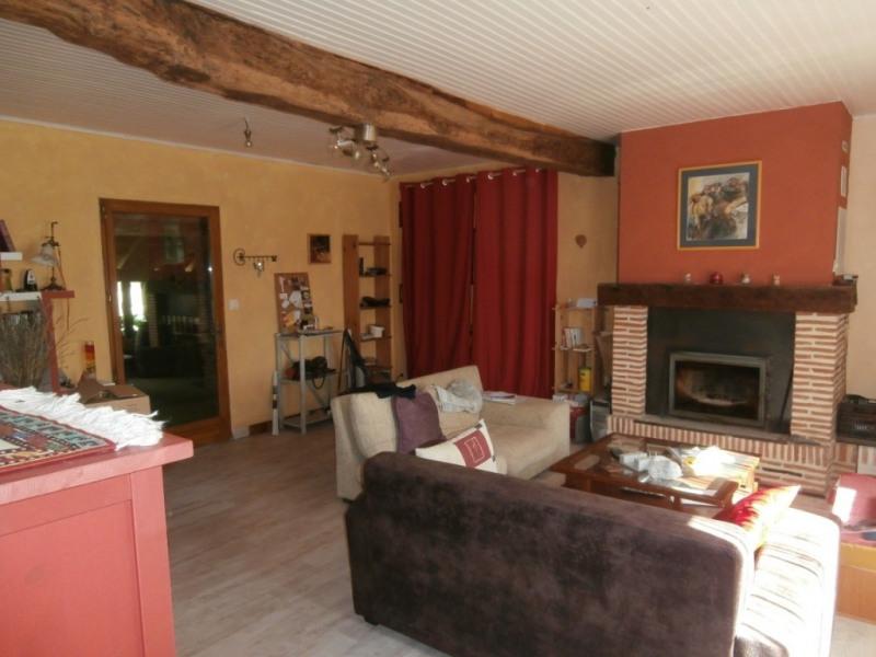Sale house / villa Saint pierre d'eyraud 165250€ - Picture 3