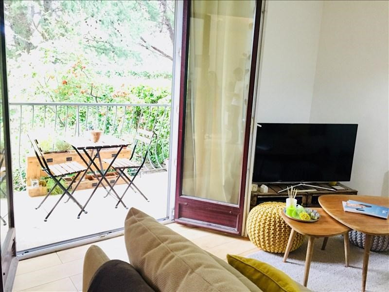 Sale apartment Aix en provence 235 000€ - Picture 1