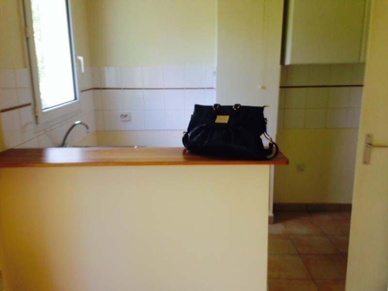 Rental apartment Elancourt 732€ CC - Picture 3
