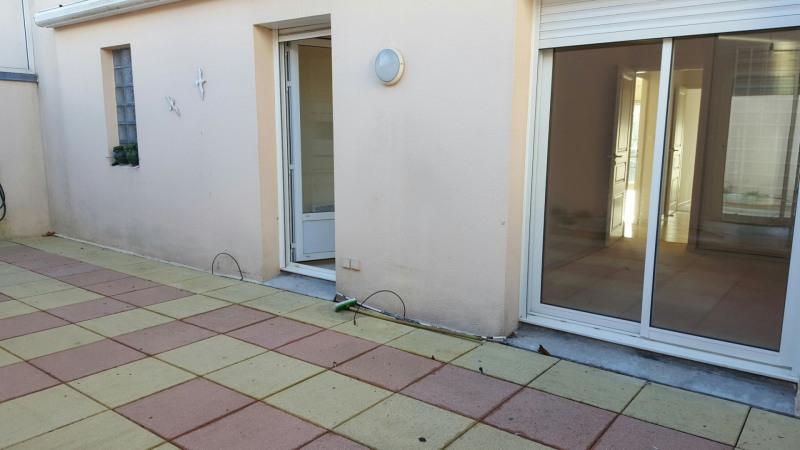 Sale apartment Les sables d olonne 441000€ - Picture 3