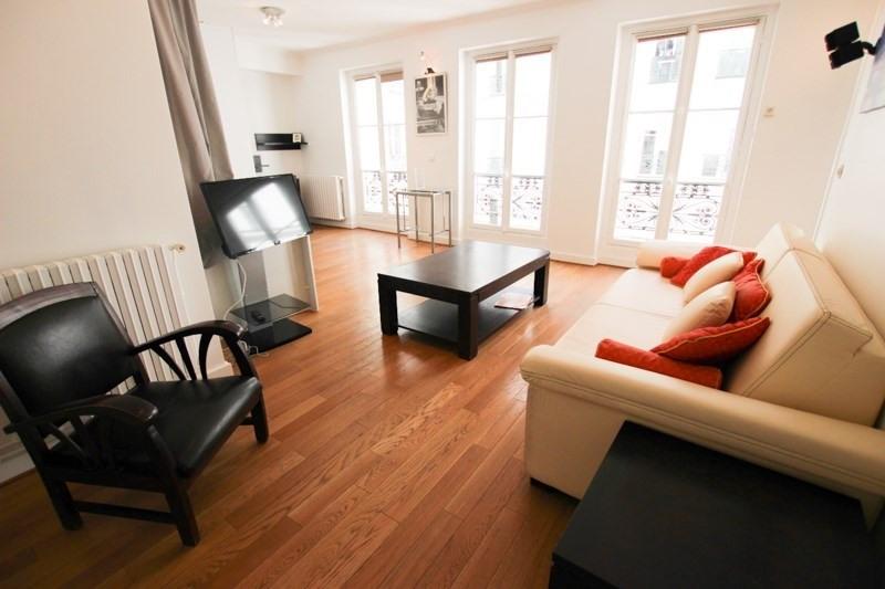 Rental apartment Paris 8ème 1900€ CC - Picture 2