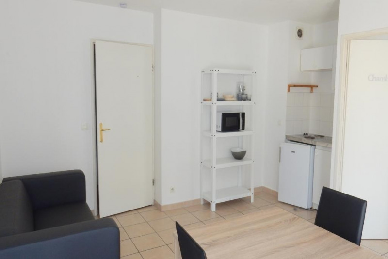 Rental apartment Nice 745€cc - Picture 1
