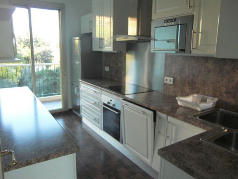 Sale apartment Nice 435 000€ - Picture 2