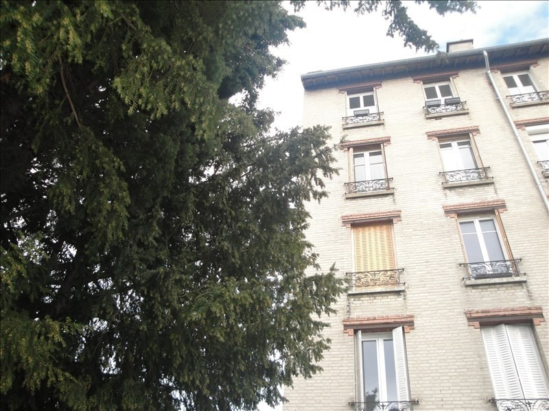 Sale apartment Colombes 180 000€ - Picture 1