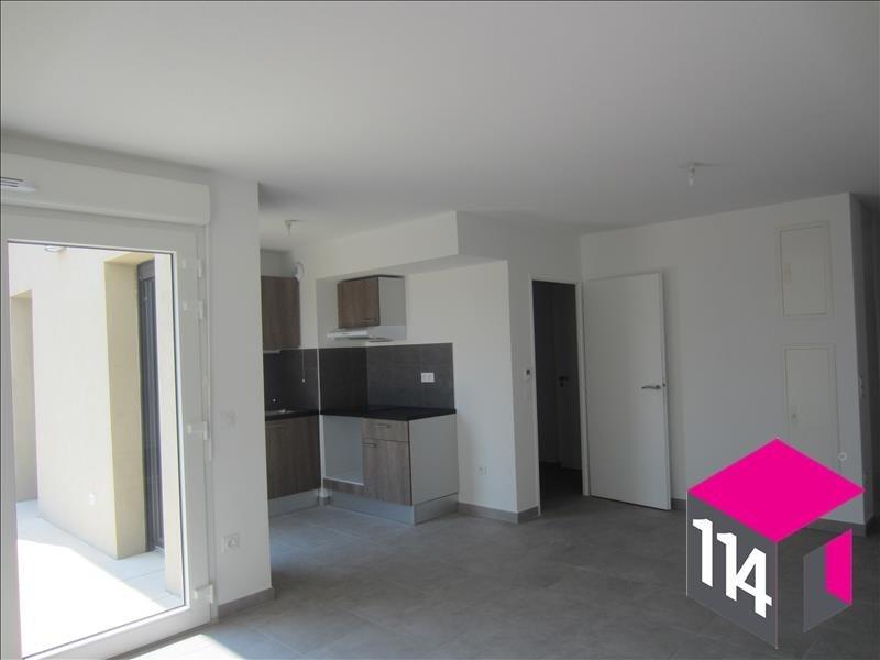 Location appartement St bres 766€ CC - Photo 1