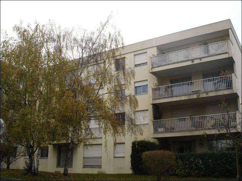 Rental apartment Savigny sur orge 593€ CC - Picture 1