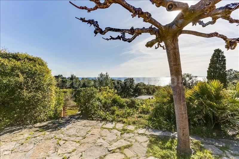 Deluxe sale house / villa St raphael 577000€ - Picture 1