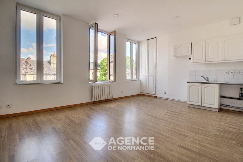Rental apartment Montreuil-l'argille 355€ CC - Picture 3