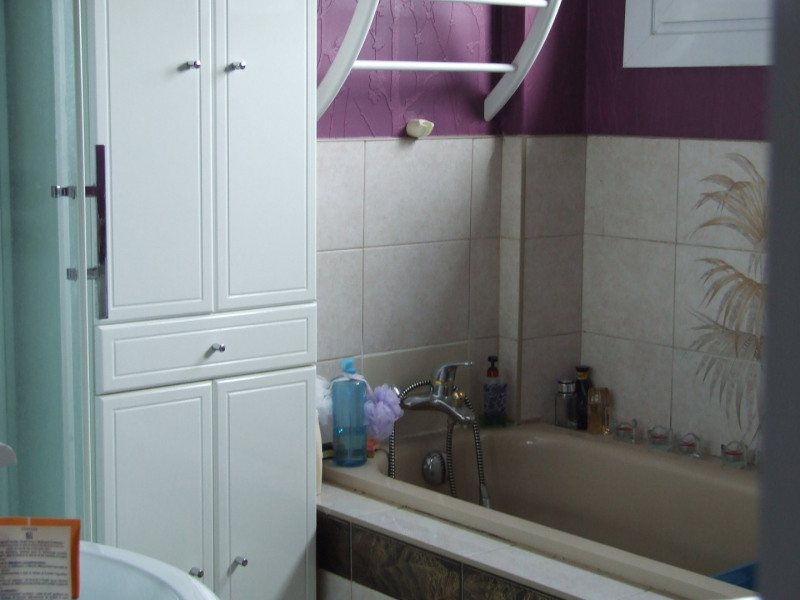 Vente maison / villa Oissel 130000€ - Photo 9