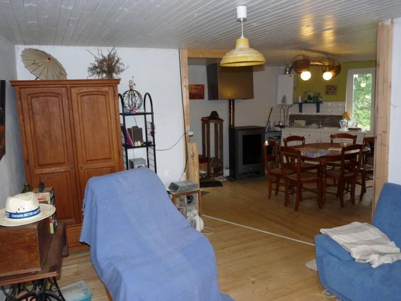 Revenda casa Rozier-cotes-d'aurec 75000€ - Fotografia 5