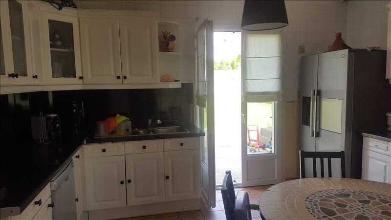 Sale house / villa St clair sur epte 216200€ - Picture 3