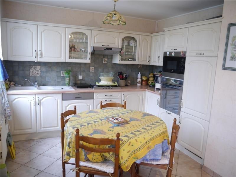 Sale house / villa Clos fontaine 203300€ - Picture 4