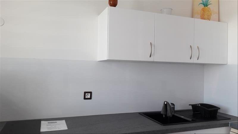 Rental apartment Moule 750€ CC - Picture 6