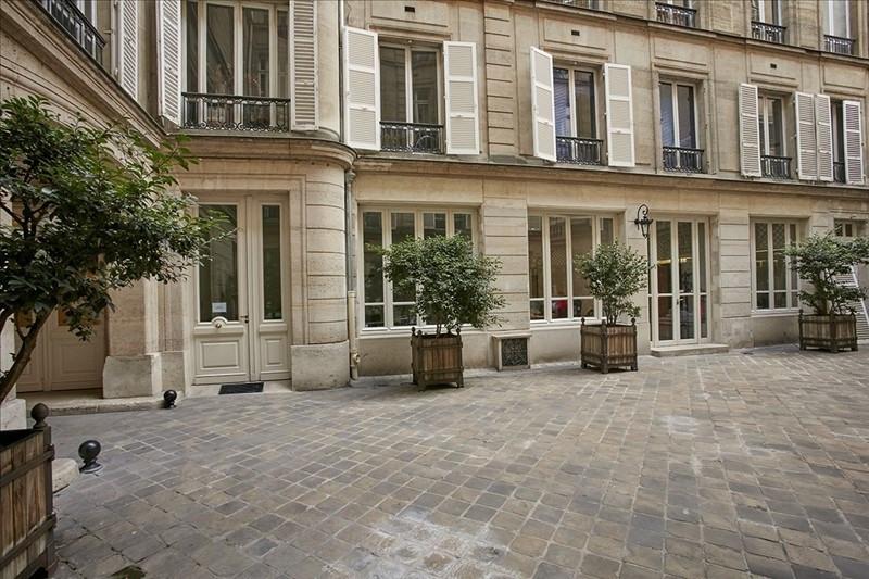 Rental office Paris 8ème 6167€ HT/HC - Picture 7