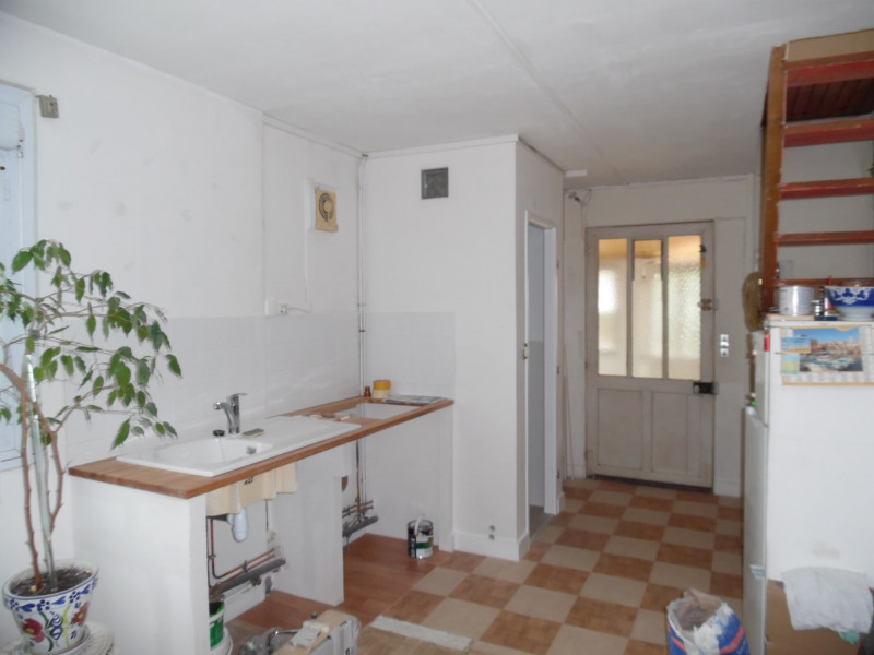 Sale apartment Poissy 140 000€ - Picture 1