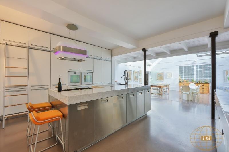 Vente de prestige loft/atelier/surface Paris 18ème 1230000€ - Photo 4