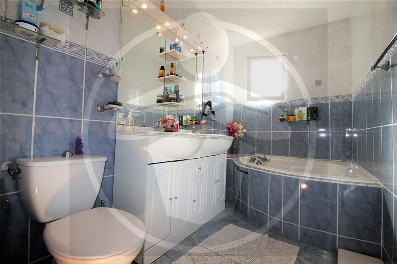 Vente maison / villa Chavanoz 349900€ - Photo 10