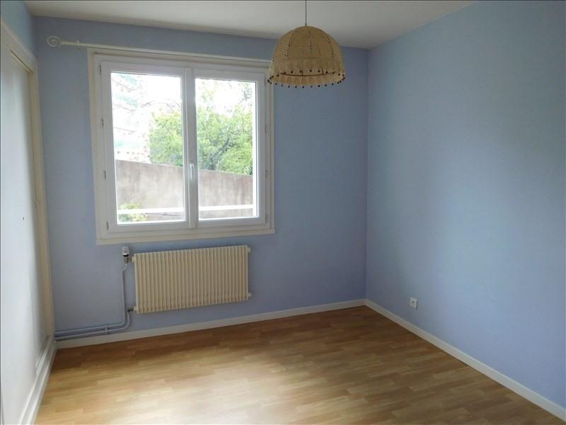 Location appartement Le puy en velay 491,75€ CC - Photo 4