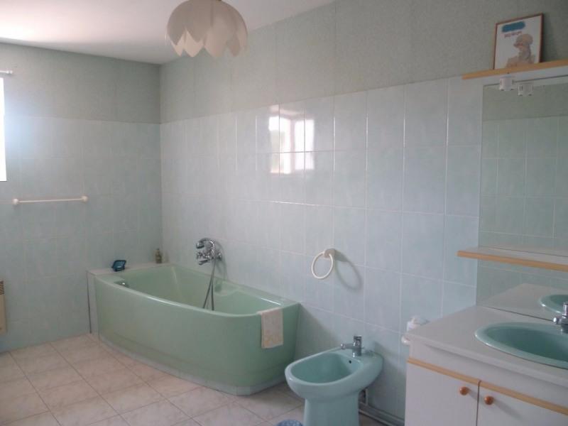 Vente maison / villa St laurent de chamousset 242000€ - Photo 7