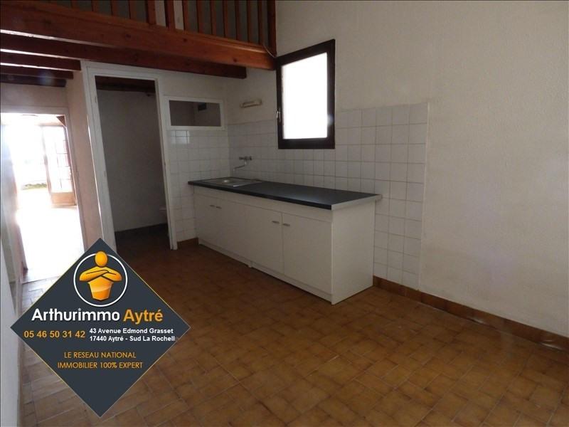 Sale house / villa St laurent de la pree 93600€ - Picture 2