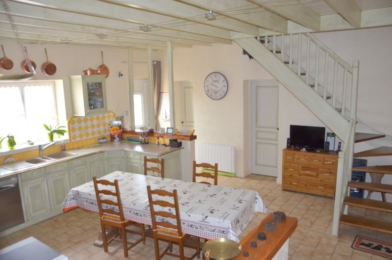 Sale house / villa Blaye 378000€ - Picture 4
