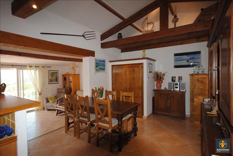 Sale house / villa Frejus 296000€ - Picture 2