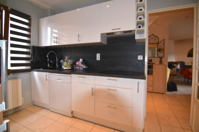 Sale house / villa Chambly 282000€ - Picture 5