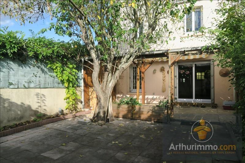 Sale apartment Savigny le temple 184500€ - Picture 1