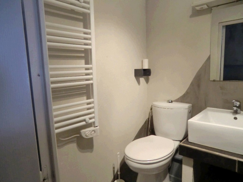 Alquiler  apartamento Aix les bains 360€ CC - Fotografía 5