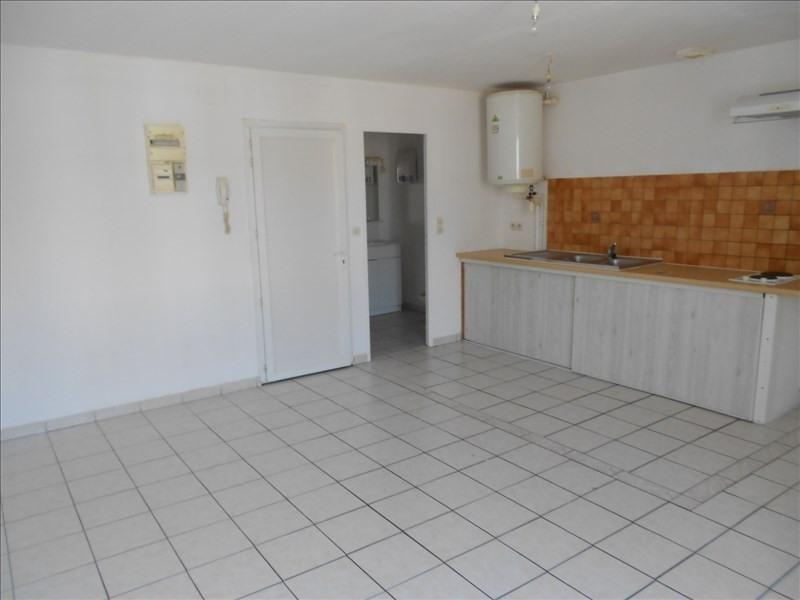 Rental apartment Castelnau de medoc 315€ CC - Picture 2