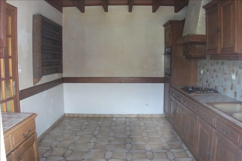 Sale house / villa Plouhinec 130 750€ - Picture 4