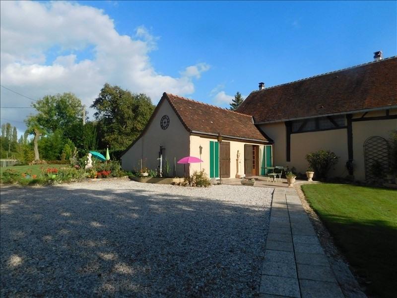 Sale house / villa Courtenay 235000€ - Picture 2