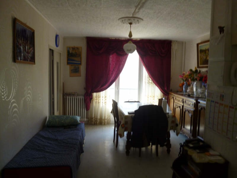 Sale apartment Beauvais 87 000€ - Picture 2