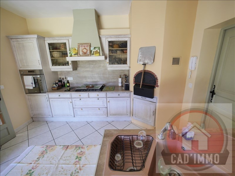 Sale house / villa St pierre d eyraud 269 000€ - Picture 3